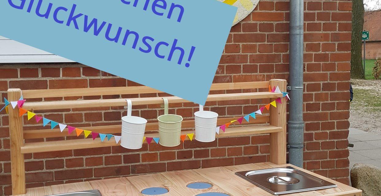 https://hemme-holzbau.de/wp-content/uploads/2021/04/Outdoor-Kueche_Beitragsbild-1242x640.jpg